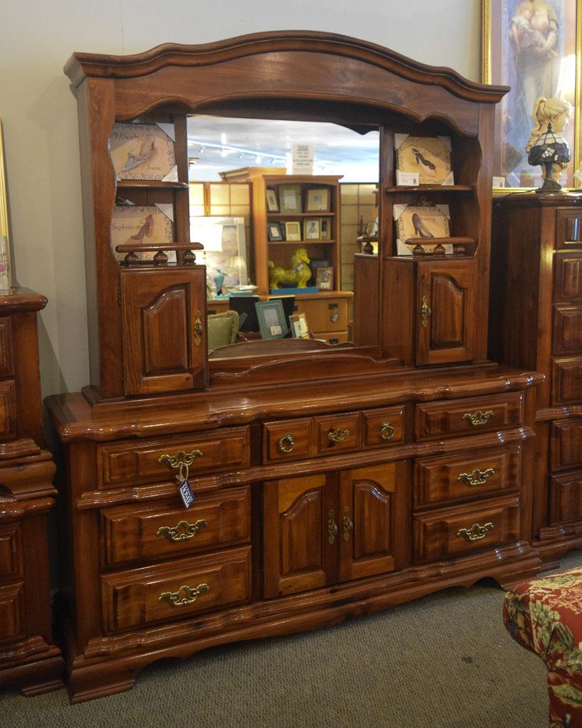 Pine Dresser w/Mirror & Hutch | New England Home Furniture ... - photo#12