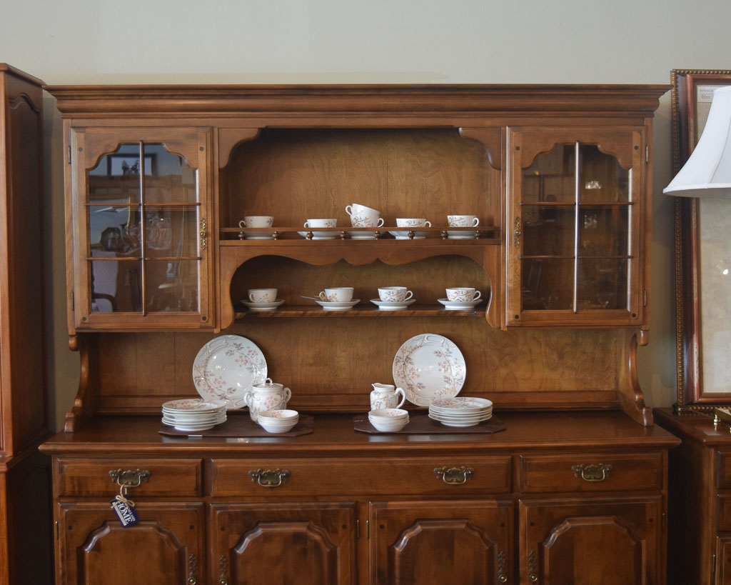 Colonial Buffet Hutch New England Home Furniture Consignment