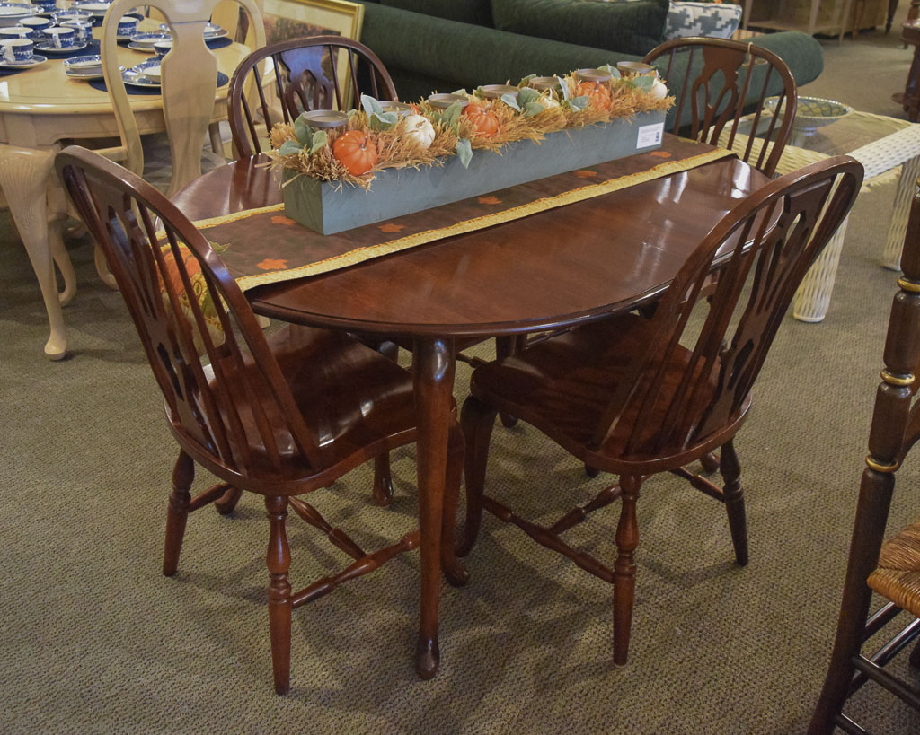 Cochrane Maple 5 Pc Dining Set