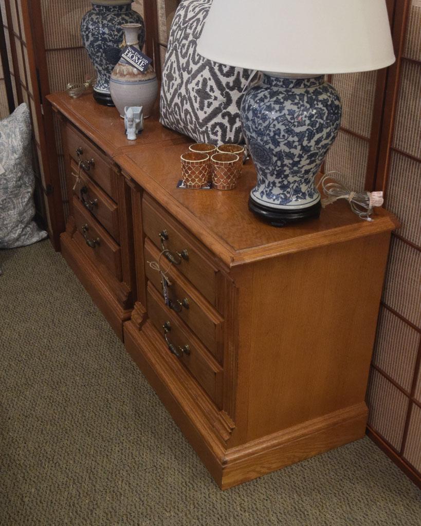 American drew oak nightstand new england home furniture consignment for American drew oak bedroom furniture