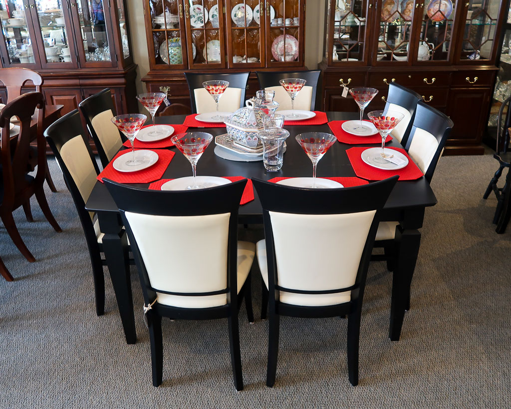 Boston Interiors Dining Set