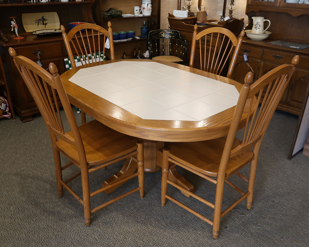 Oak Tiletop 5 Pc Dining Set